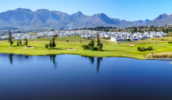 Stellenbosch_Great_Drakenstein_Mountians_and_DeZalze_Golf_Estate